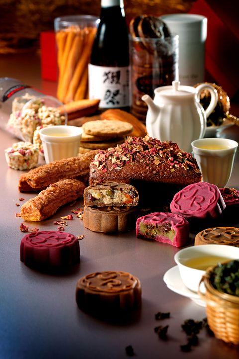 侯布雄法式甜點中秋月餅禮盒登場!「洛神花茉莉、咖啡開心果月餅」融合傳統節日精神及百年糕點工藝