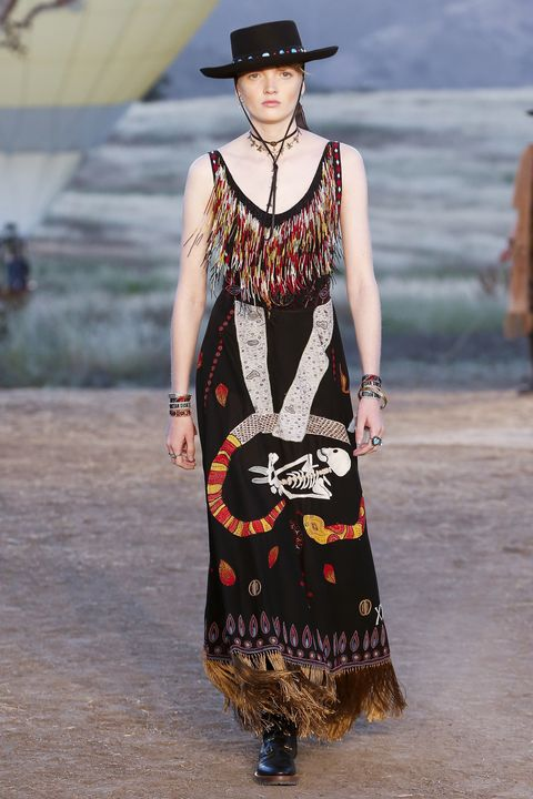 Resort 2018 Fashion Collection New Trends
