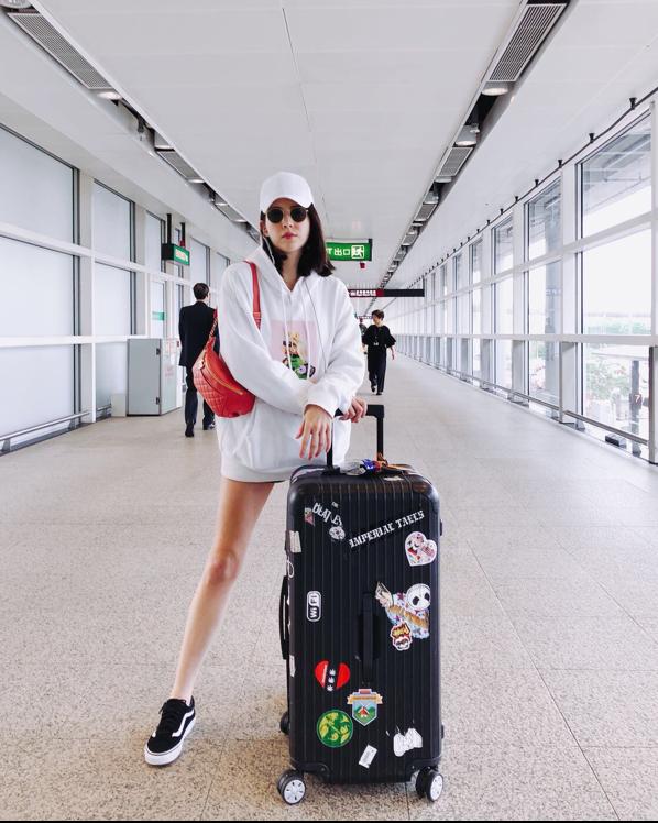 機場穿搭,許瑋甯,亞洲女星,機場包包,機場裝,香奈兒,CHANEL ,腰包