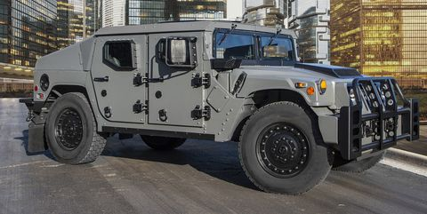 Land vehicle, Vehicle, Car, Humvee, Off-road vehicle, Military vehicle, Hummer h1, Automotive tire, Sport utility vehicle, Wheel,