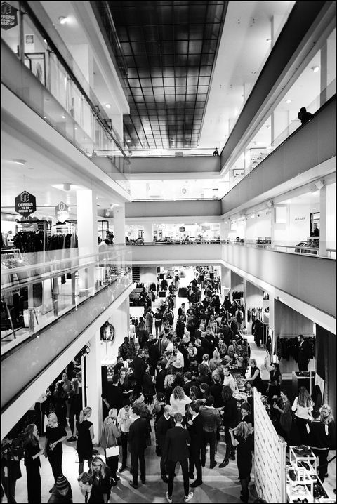 Monochrome, Monochrome photography, Ceiling, Black-and-white, Commercial building, Interior design, Service, Retail, Light fixture, Customer,