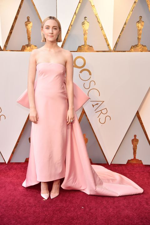 Red carpet, Carpet, Pink, Dress, Clothing, Flooring, Gown, Fashion, Shoulder, Haute couture,