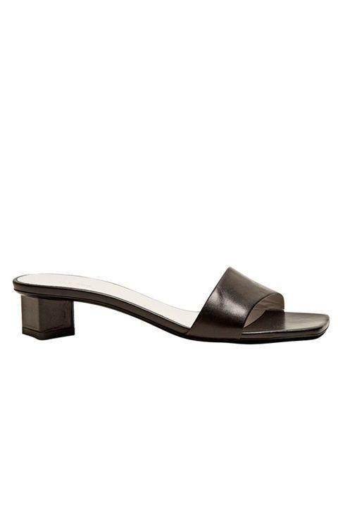 Footwear, Sandal, Slingback, Shoe, Slipper, Beige, Leather, Strap,