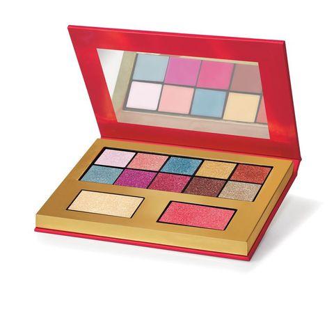 Eye shadow, Cosmetics, Eye, Beauty, Pink, Cheek, Organ, Face powder, Human body, Material property,