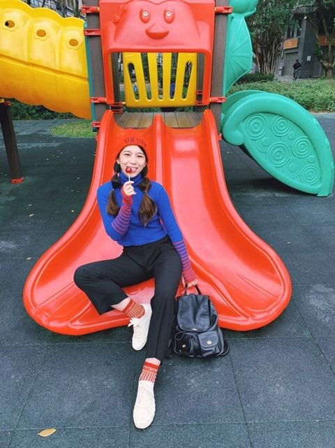 Outdoor play equipment, Public space, Playground slide, Chute, Playground, Human settlement, Fun, Play, Recreation, City,