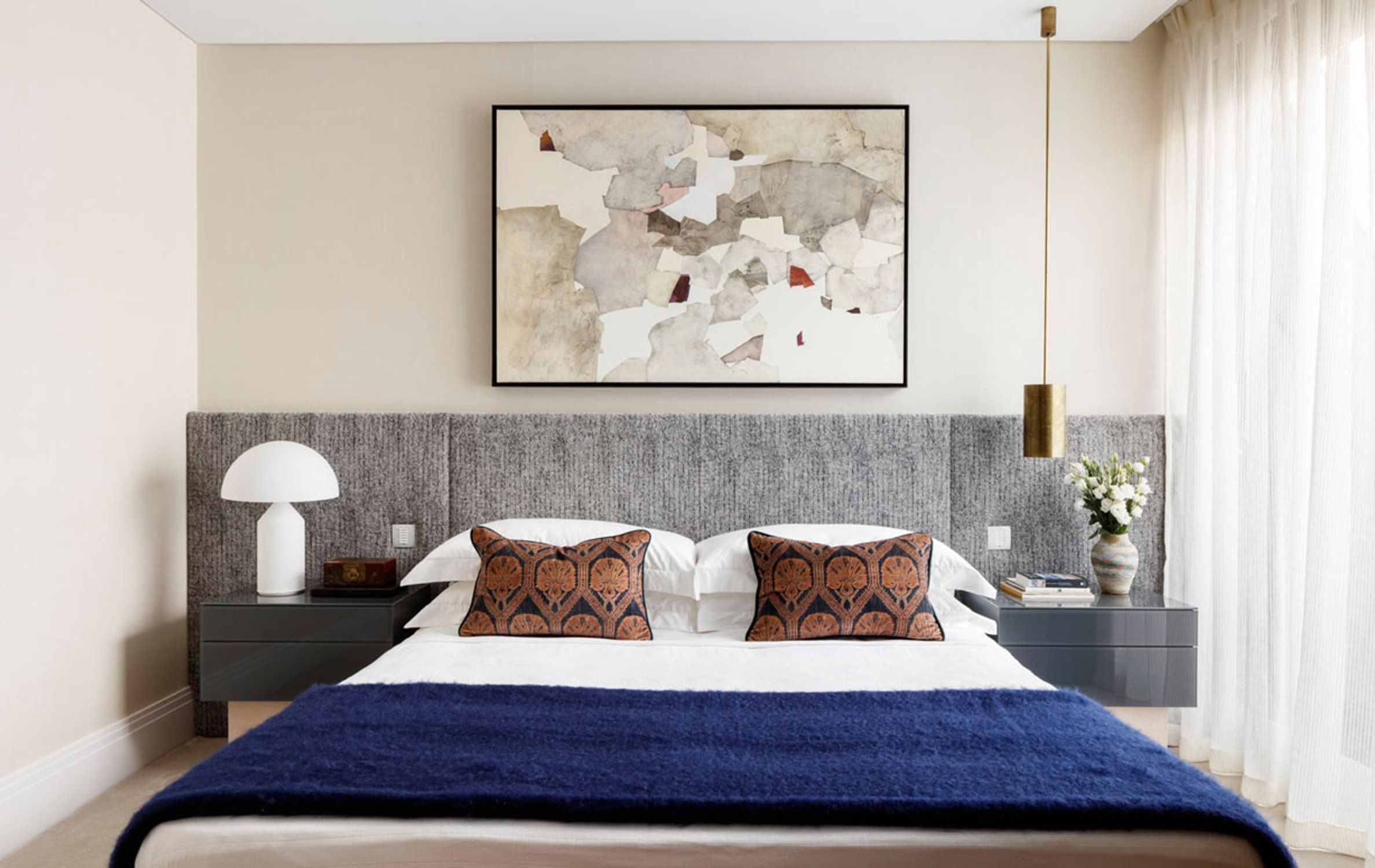 50 stylish bedroom design ideas modern bedrooms decorating tips rh housebeautiful com  gorgeous bedroom decorating ideas