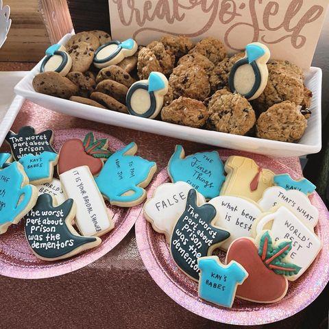 Cookie, Food, Snack, Baking, Cookies and crackers, Sweetness, Turquoise, Hamper, Basket, Party favor,