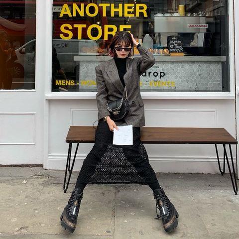 Street fashion, Yellow, Fashion, Footwear, Snapshot, Outerwear, Leg, Shoe, Jacket, Knee,