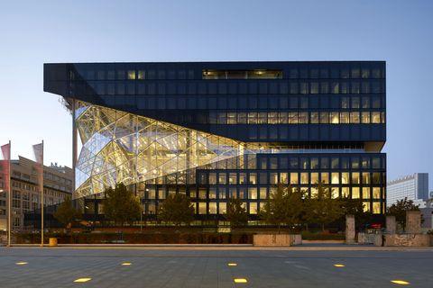 Architecture, Building, Urban area, Transport, Metropolitan area, Headquarters, City, Commercial building, Facade, Material property,