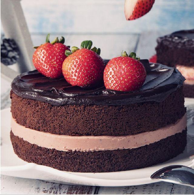 BAC黑嘉侖草莓巧克力蛋糕