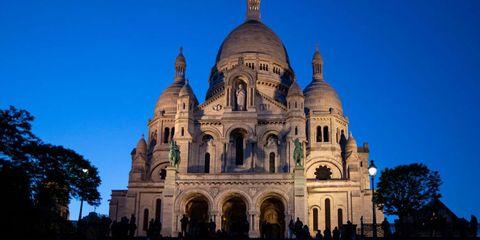 Landmark, Dome, Architecture, Place of worship, Dome, Byzantine architecture, Classical architecture, Holy places, Historic site, Building,