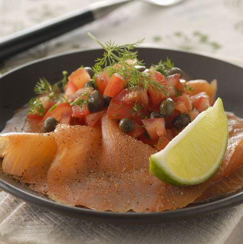 脂がのった魚|不安な気持ちを和らげる6つの食材