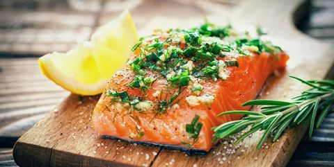 脂肪の多い魚|長生きしたい人が積極的にとるべき食べ物 5つ