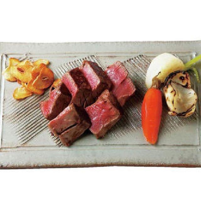 Food, Dish, Cuisine, Tataki, Ingredient, Meat, Recipe, Sashimi, Steak, Veal,