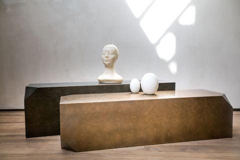 Sculpture, Hardwood, Marble, Statue, Artifact, Laminate flooring, Museum, Classical sculpture, Plaster, Carving,