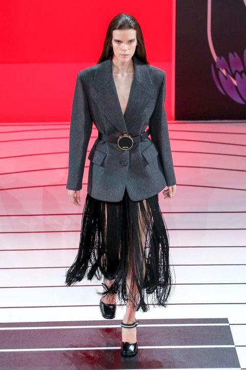 Fashion, Runway, Clothing, Fashion show, Fashion model, Blazer, Haute couture, Outerwear, Footwear, Street fashion,