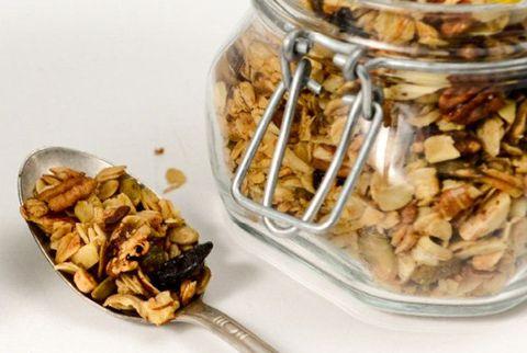 朝ごはんのグラノーラ|糖分が意外と多い食べ物 8