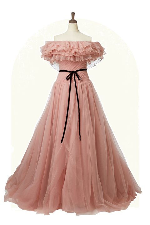 「プリマカーラ」の胸元フリル付きくすみピンクドレス