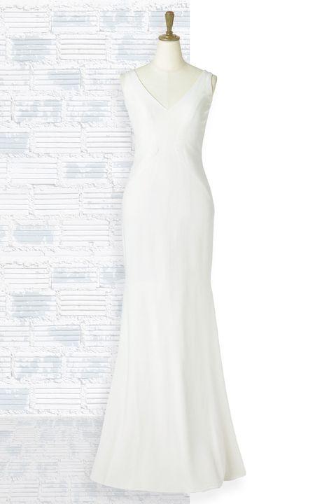 「アンテリーベ 」取り扱い、「キャロル・ハンナ」のシルククレープ素材のミニマムドレス