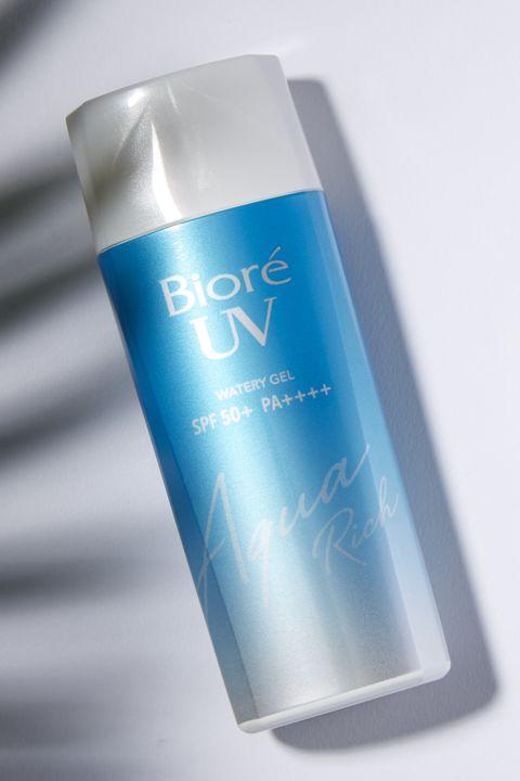 Product, Water, Aqua, Moisture, Material property, Fluid, Skin care, Liquid, Spray,