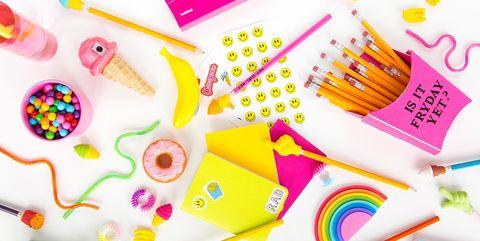 36d1bf5e6e 10 Insanely Fun DIY School Supplies That Make Homework Suddenly Tolerable