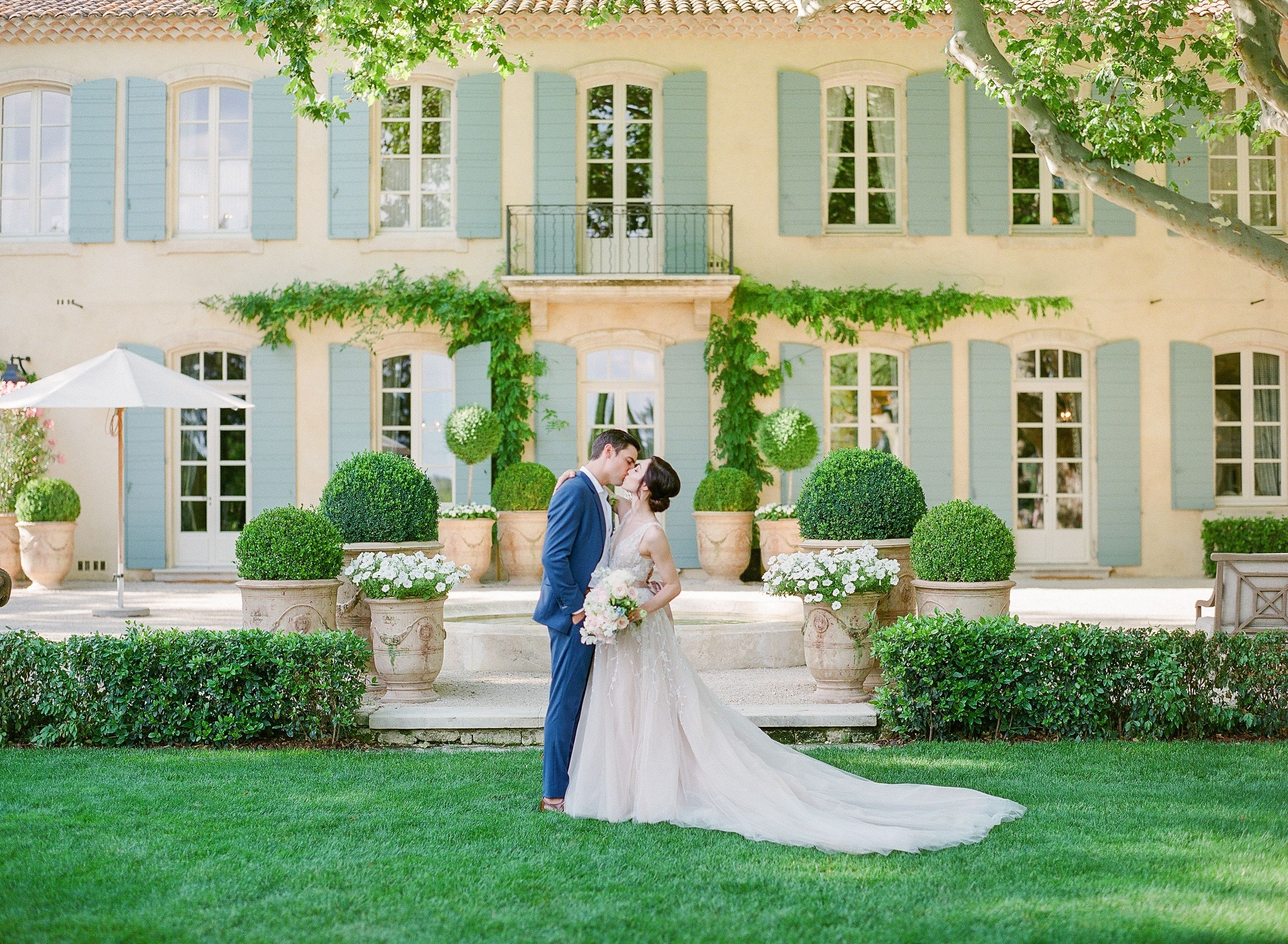 Meryl Davis and Fedor Andreev's Wedding Was a Provencal Dream