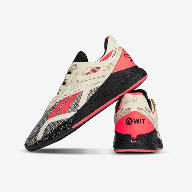 Product, White, Sportswear, Logo, Font, Carmine, Black, Athletic shoe, Grey, Bicycle shoe,