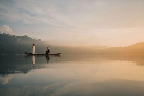 Sky, Nature, Atmospheric phenomenon, Reflection, Calm, Water, Morning, Cloud, Lake, Mist,