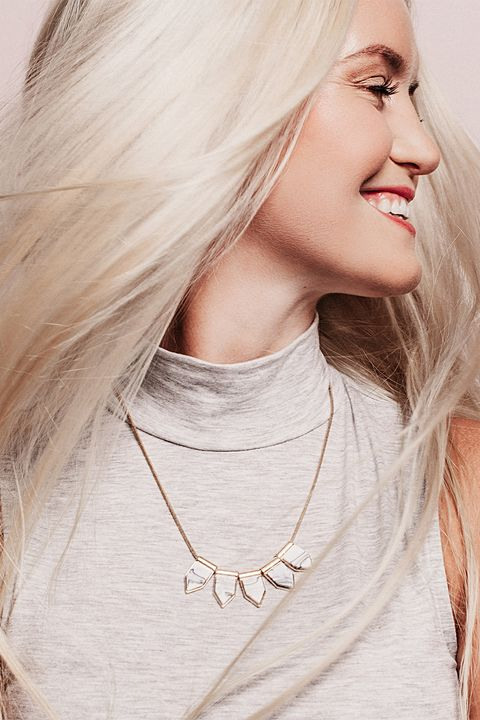 Hair, White, Face, Hairstyle, Blond, Beauty, Lip, Necklace, Skin, Neck,