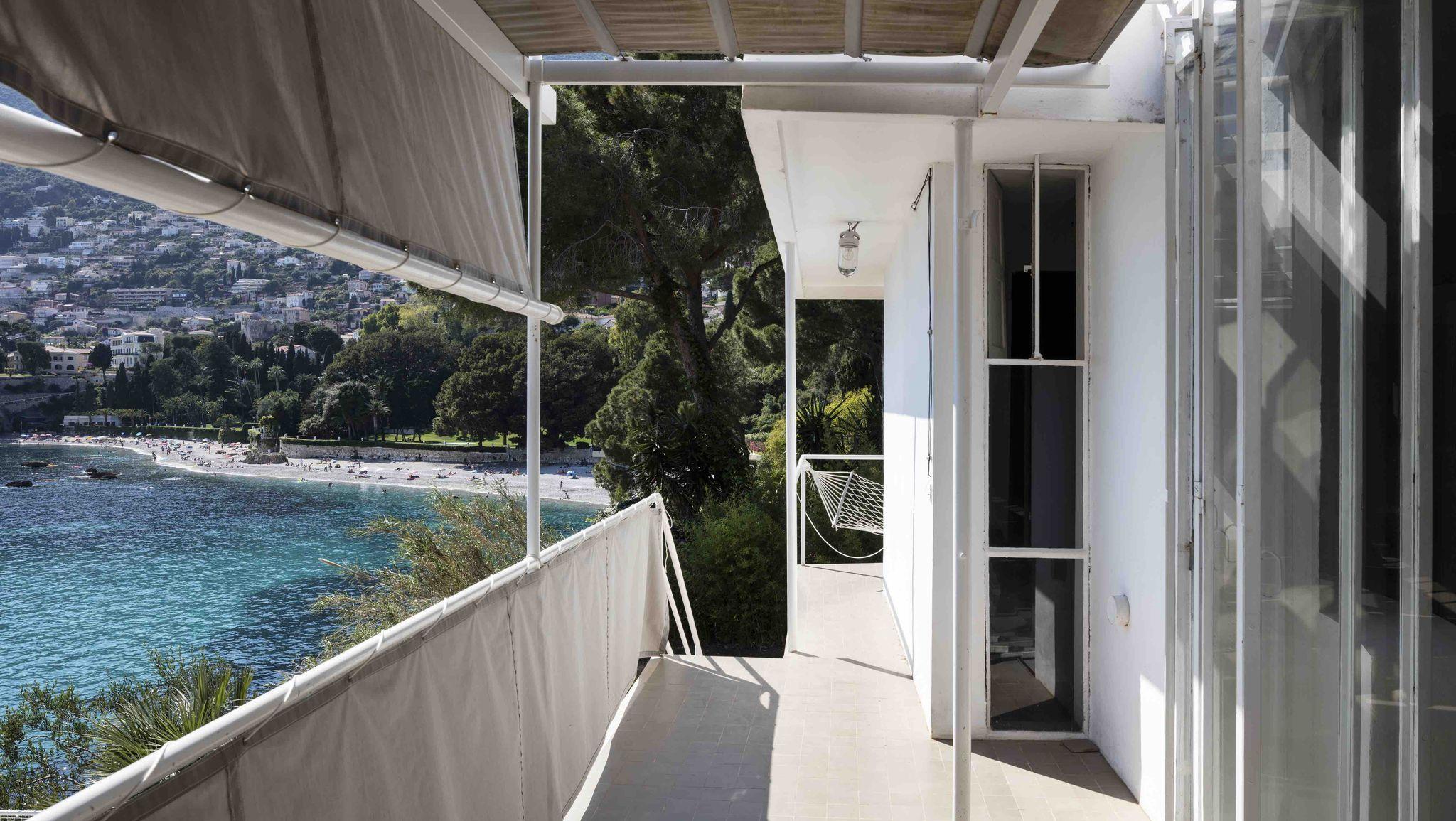 Villa E-1027, Eileen Gray's Masterpiece Defaced by Le Corbusier