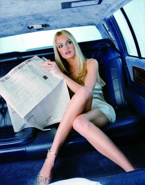 Automotive design, Leg, Vehicle door, Beauty, Blond, Vehicle, Car, Human leg, Long hair, Photo shoot,