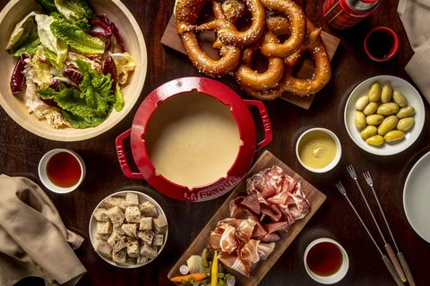 Dish, Food, Cuisine, Meal, Ingredient, Brunch, Onion ring, Comfort food, Side dish, Junk food,