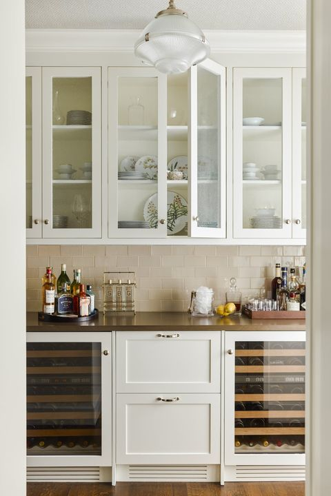 45 Charming Butler's Pantry Ideas - What Is a Butler's Pantry? on accessorizing kitchen cabinets, packaging kitchen cabinets, style kitchen cabinets, fall kitchen cabinets, trash to treasure kitchen cabinets, curtains kitchen cabinets, decorating white kitchens, business kitchen cabinets, redecorate kitchen cabinets, buying kitchen cabinets, electrical kitchen cabinets, science kitchen cabinets, painting kitchen cabinets, baby kitchen cabinets, camping kitchen cabinets, industrial chic kitchen cabinets, kitchen kitchen cabinets, gray kitchen cabinets, decorating an old cabinet, small kitchen ideas with oak cabinets,
