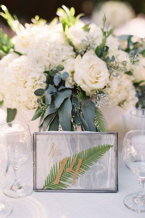 Flower, Bouquet, Flower Arranging, Centrepiece, Floristry, Cut flowers, Plant, Floral design, Yellow, Garden roses,