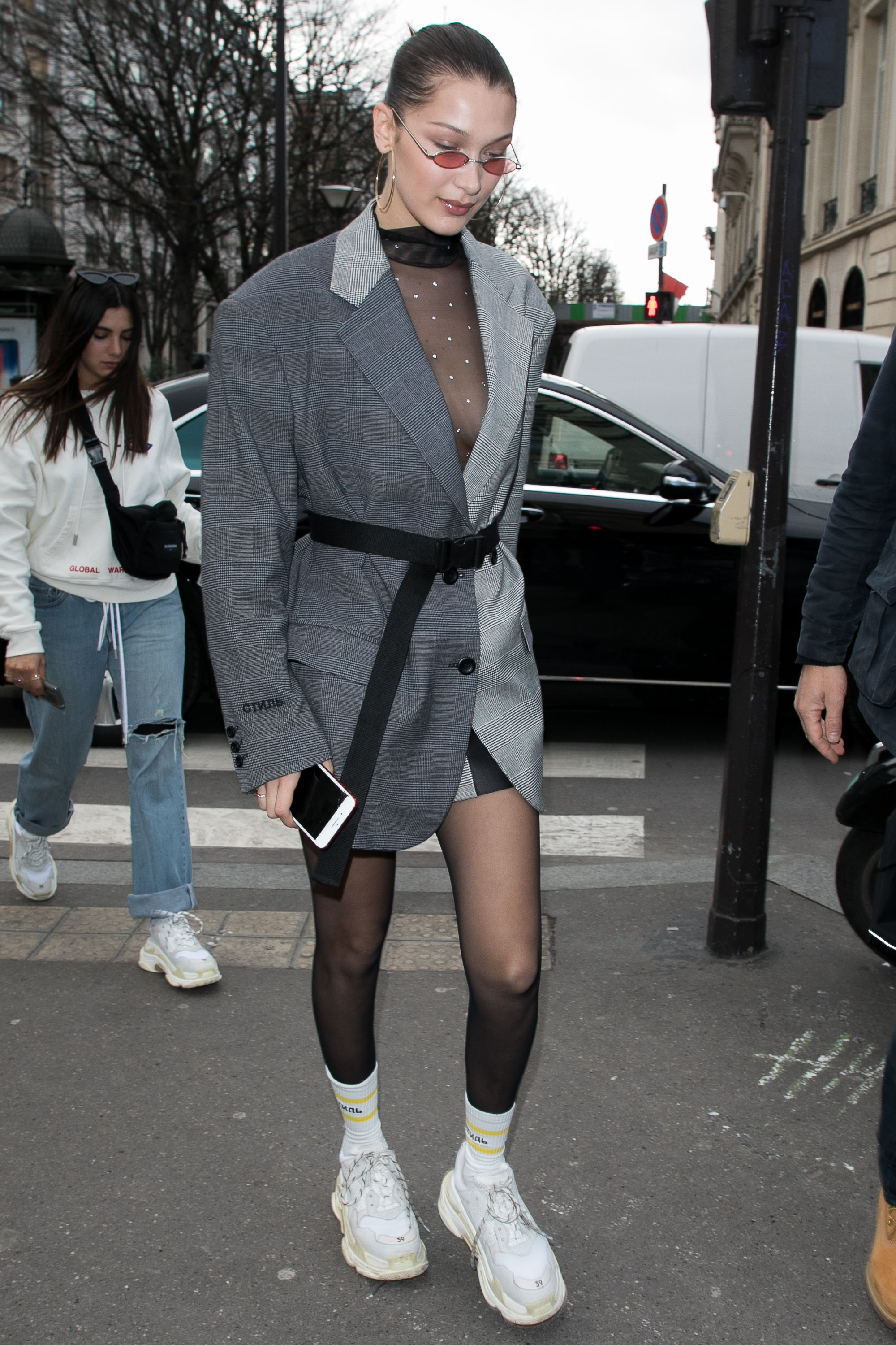 Dad Sneakers Trend - Kendall Jenner and