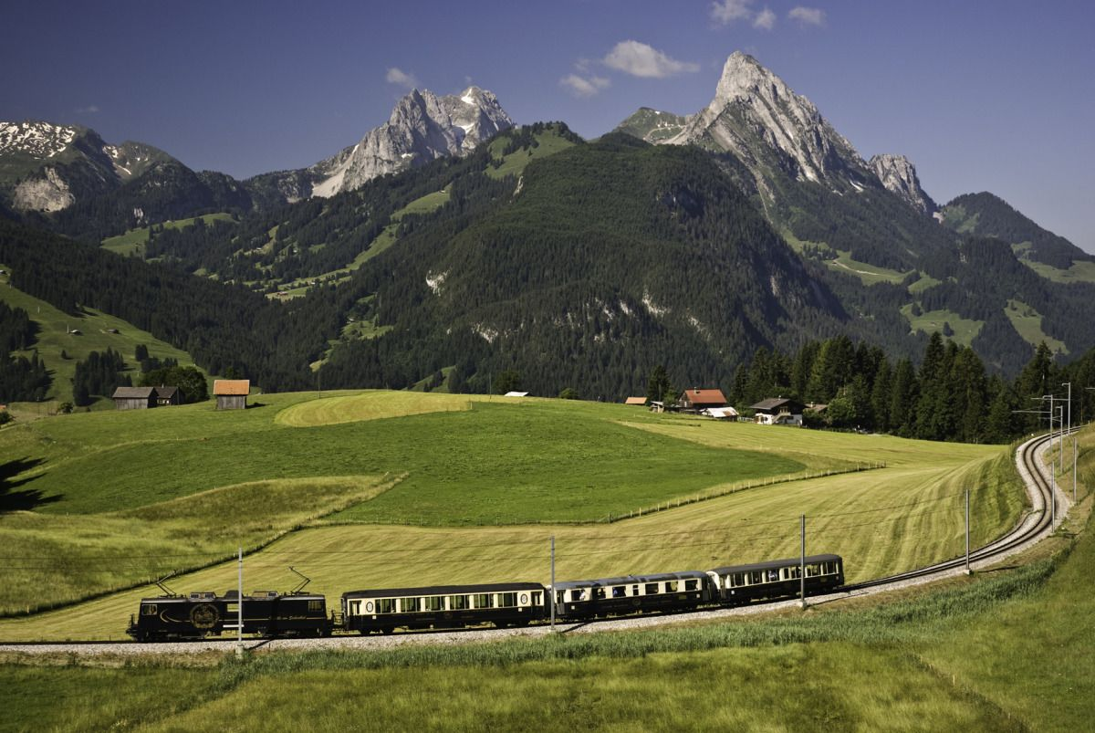 Here's How to Take a Train Trip Through the Swiss Alps