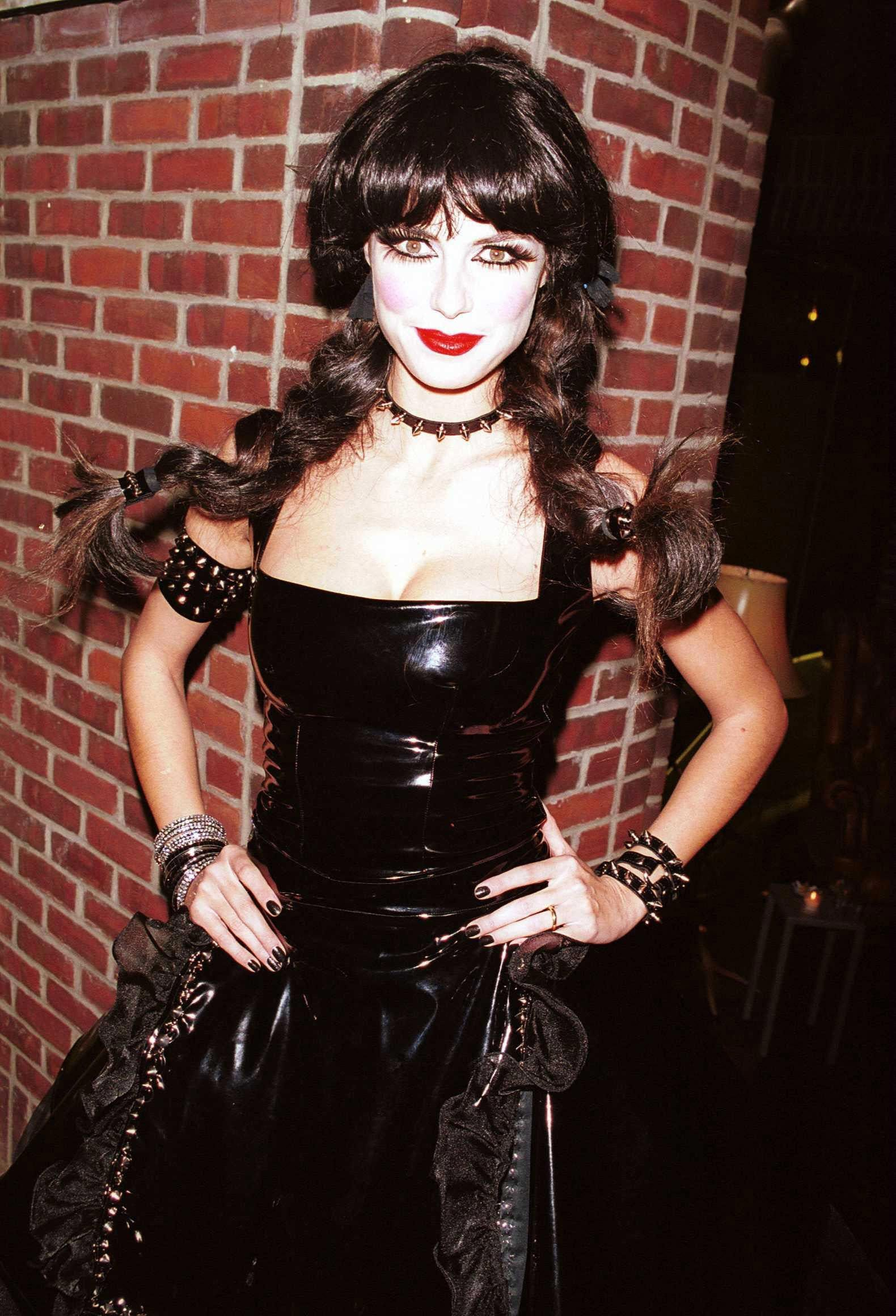 heidi klum halloween costumes over the years — heidi klum halloween