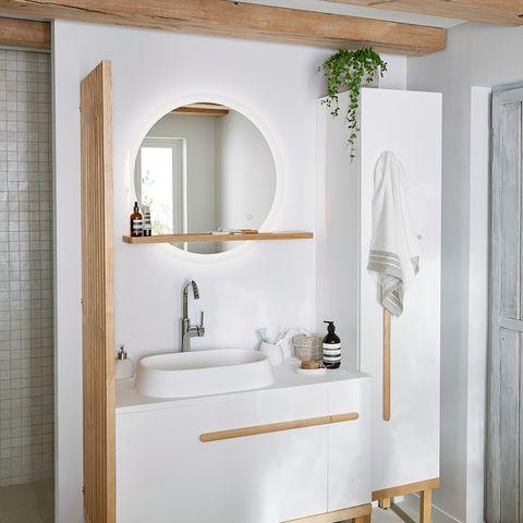 Plumbing fixture, Bathroom sink, Room, Interior design, Property, Tap, Architecture, Wall, Ceiling, Sink,