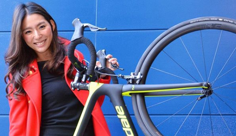 Bicycle wheel, Bicycle part, Bicycle, Bicycle tire, Bicycle frame, Vehicle, Hybrid bicycle, Road bicycle, Spoke, Wheel,