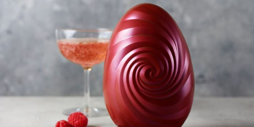 m&S prosecco easter egg