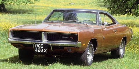 Land vehicle, Vehicle, Car, Motor vehicle, Muscle car, Full-size car, Classic car, Hood, Hardtop, Automotive exterior,