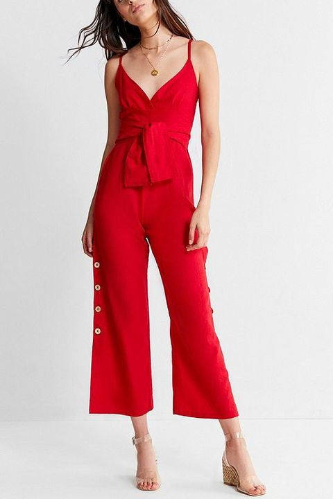 49a3f025b23 15 Fashionable Outfits to Wear on the Fourth of July - Red