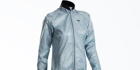 4 Packable Women's Wind Jackets That Will Save Your Ride.