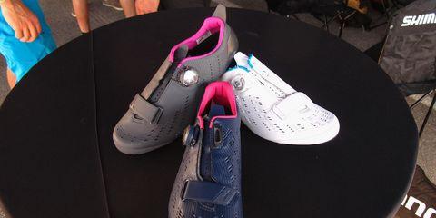 Footwear, Shoe, Pink, Sneakers, Plimsoll shoe, Walking shoe, Outdoor shoe, Athletic shoe, Skate shoe,
