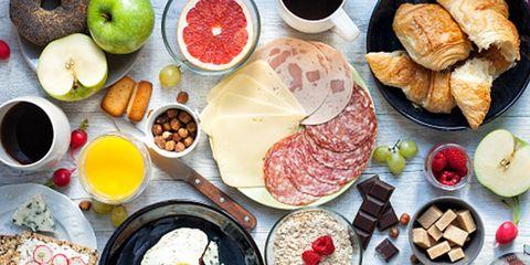 Cyclists should eat big at breakfast