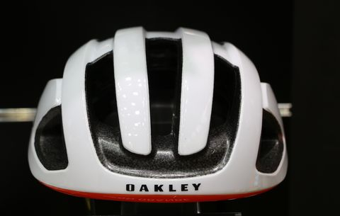 Oakley is Now Making Helmets and Kits