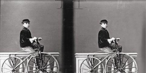 Wheel, Bicycle frame, Bicycle tire, Bicycle wheel rim, Bicycle wheel, Bicycle, Spoke, Bicycle part, Bicycle handlebar, Rim,