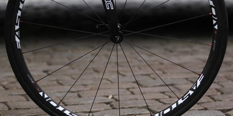 Bicycle tire, Bicycle wheel rim, Wheel, Bicycle part, Spoke, Rim, Bicycles--Equipment and supplies, Bicycle, Synthetic rubber, Bicycle accessory,