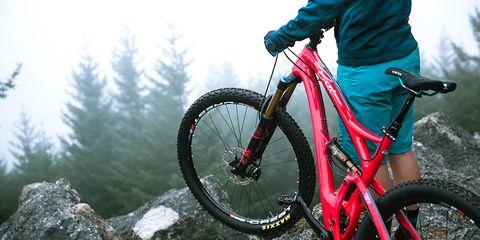 yeti-beti-sb5c-womens-mountain bike