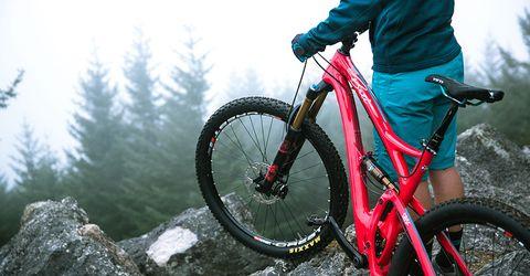 Yeti Beti SB5c and ASRc Women's Mountain Bikes | Bicycling